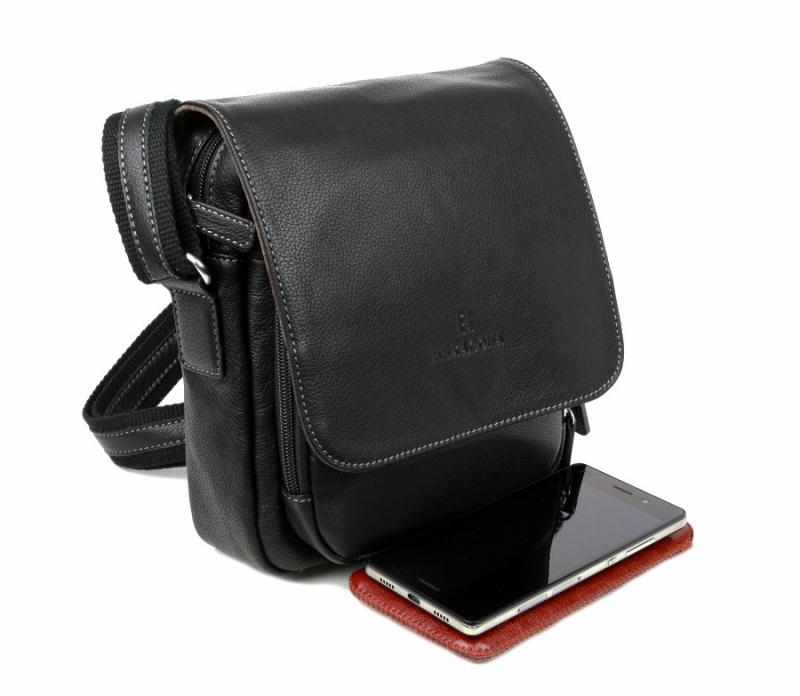 3d5f04317a Crossbody taška cez plece s poklopom HEXAGONA 463958 čierna
