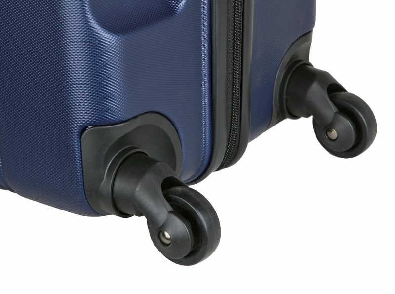 9b8e0991ee650 Veľký cestovný kufor D&N, plastový čierny | KozeneDoplnky.sk